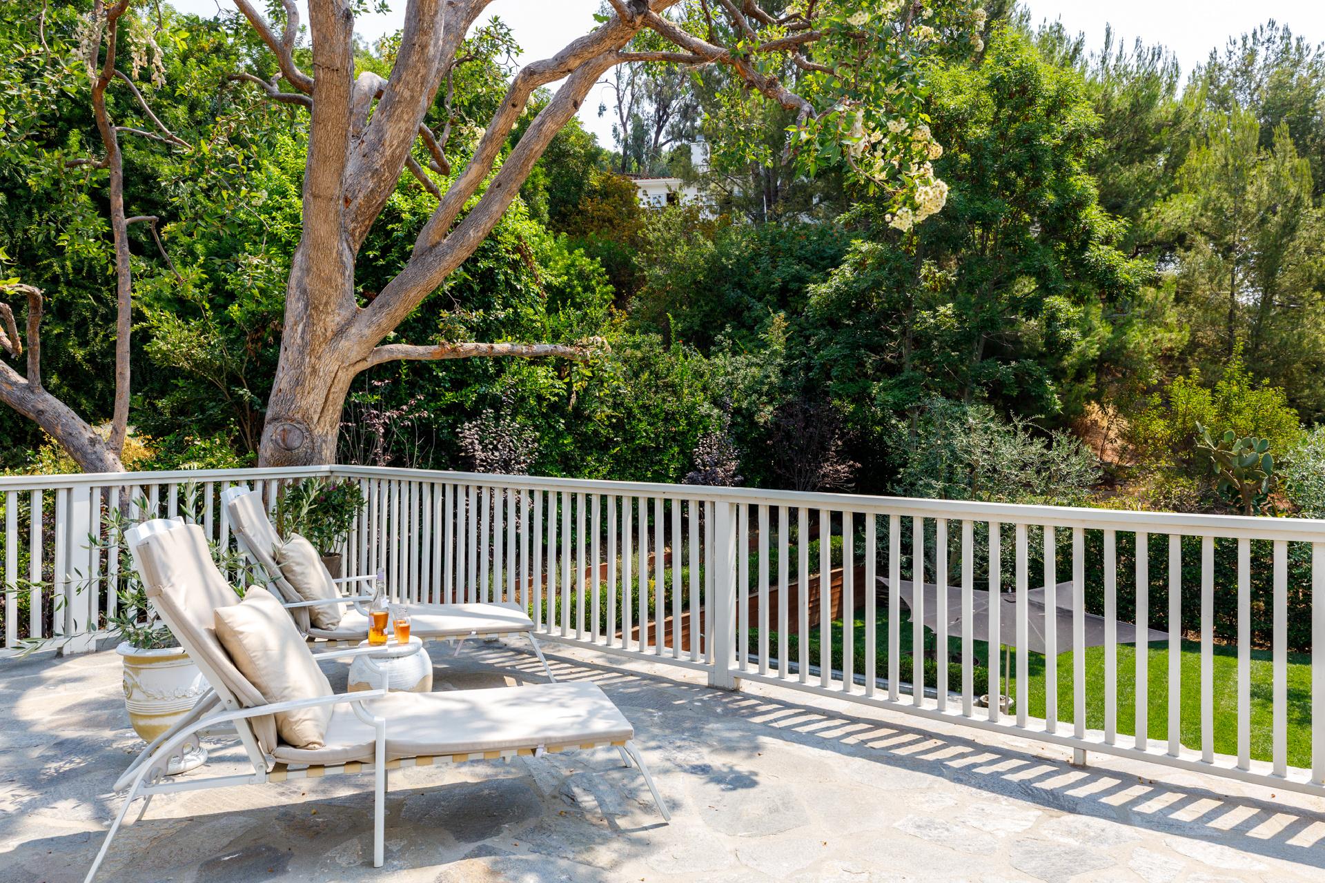8112 Laurelmont Drive     |     Laurel Canyon Los Angeles CA  | Jonah Wilson
