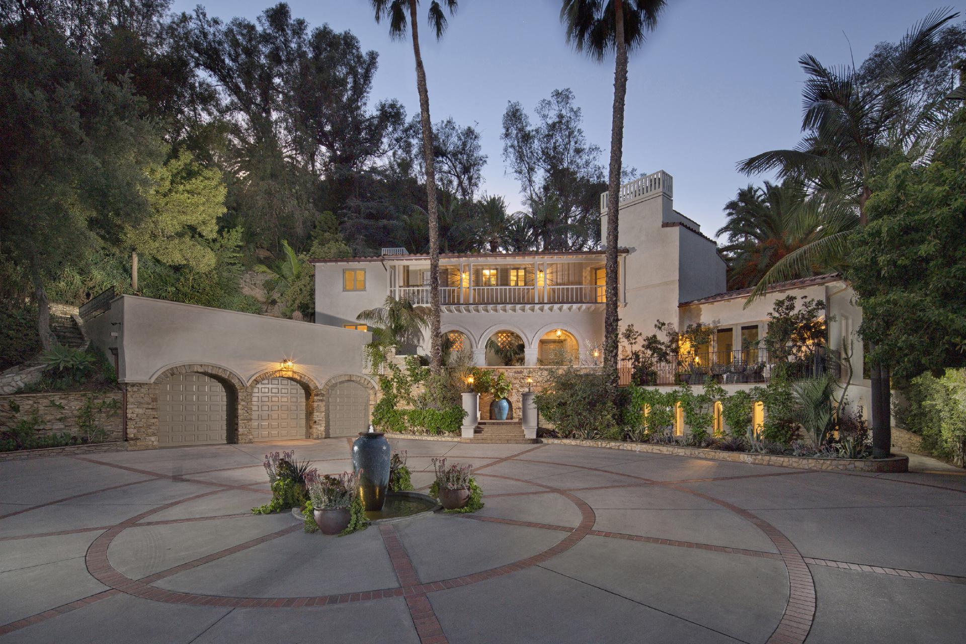 Villa Andalusia     |     Los Feliz Los Angeles CA  | Jonah Wilson