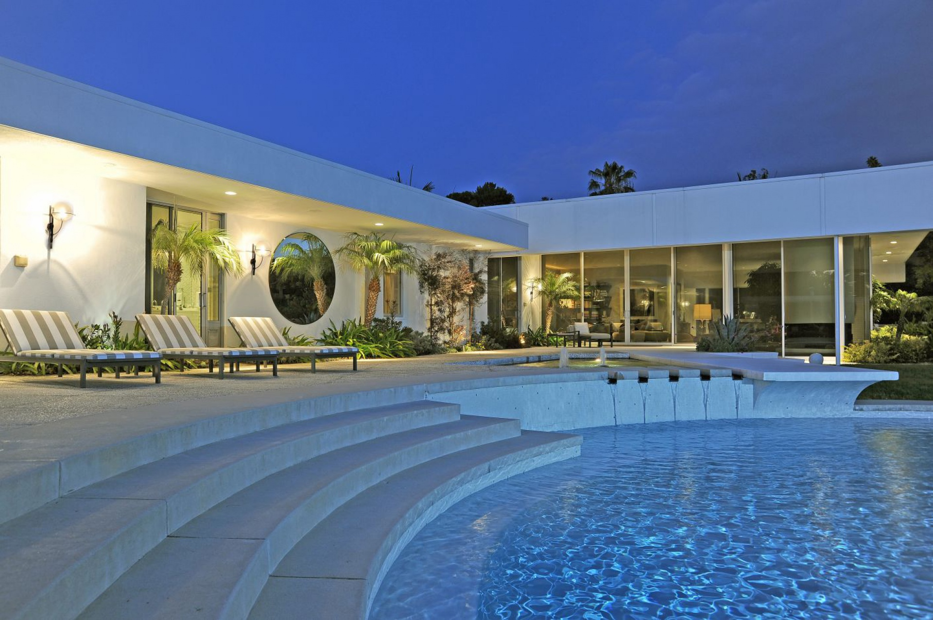 A. Quincy Jones, 1959     Trousdale Estates Beverly Hills CA    Jonah Wilson