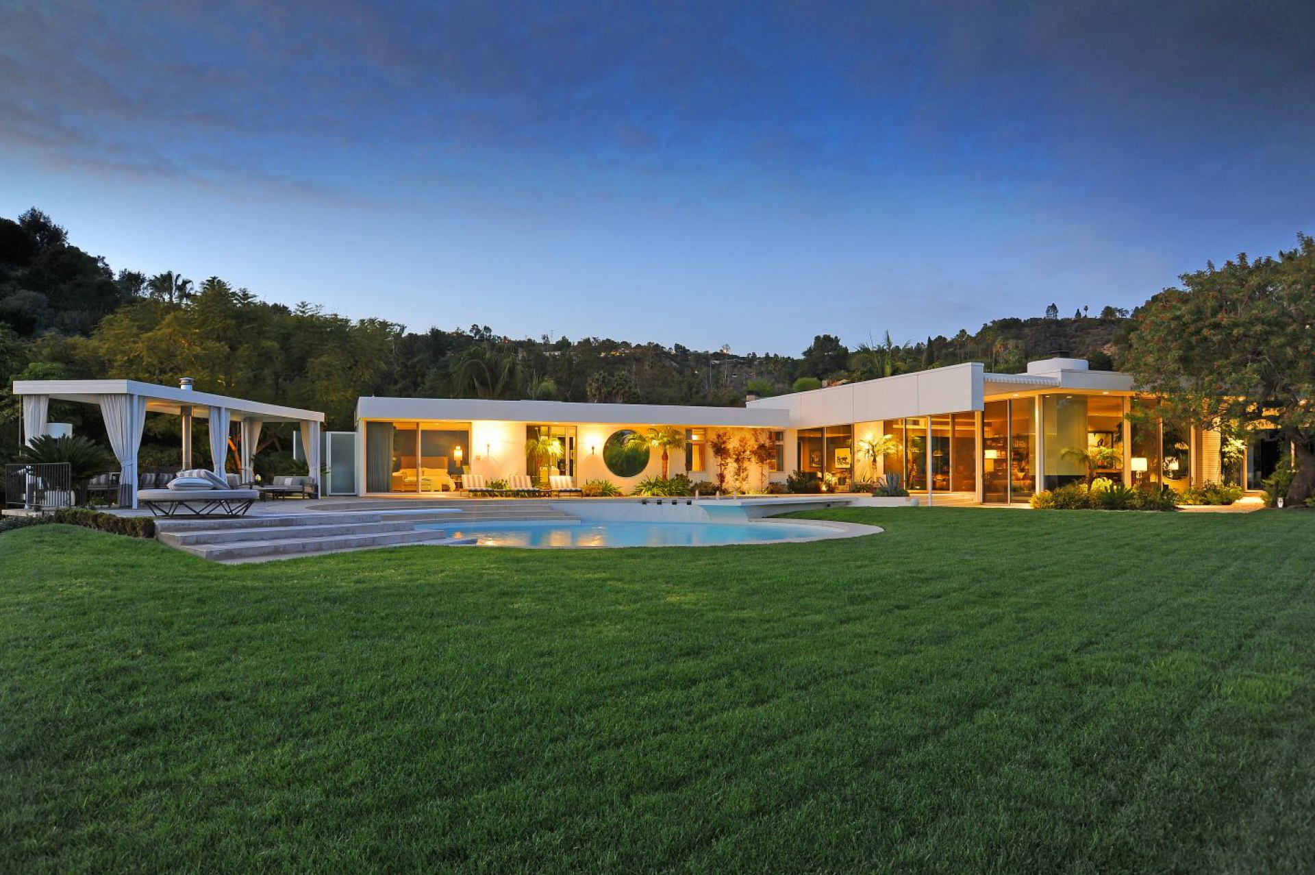 A. Quincy Jones, 1959  |  Trousdale Estates Beverly Hills CA  | Jonah Wilson